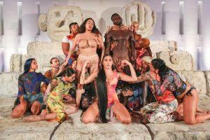lola leon desigual art basel 2019
