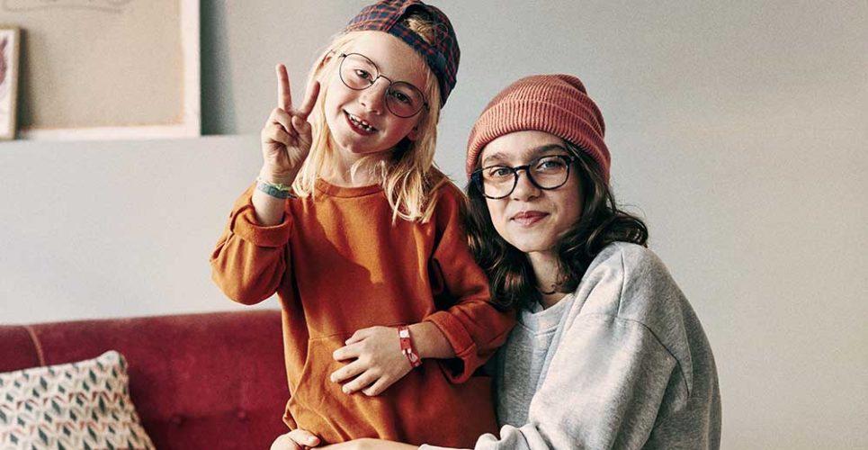 Cottet ninos con gafas